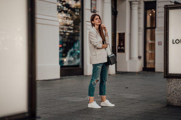 Whaelse_Fashionblog_Light_Blazer_Boyfriend_Jeans-14