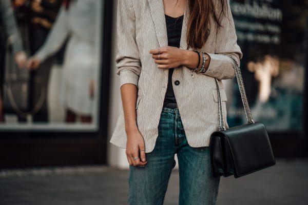 Whaelse_Fashionblog_Light_Blazer_Boyfriend_Jeans-16