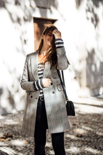 Wie trägt man einen karierten Mantel