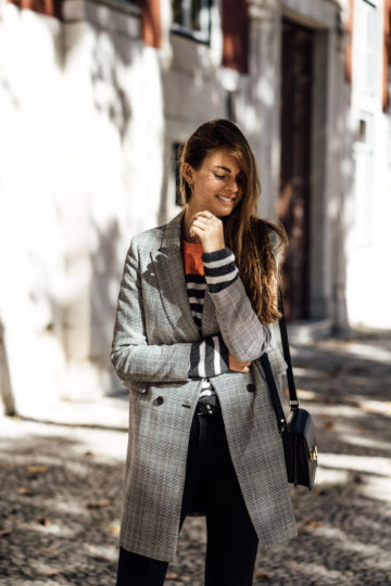 How to wear a plaid coat