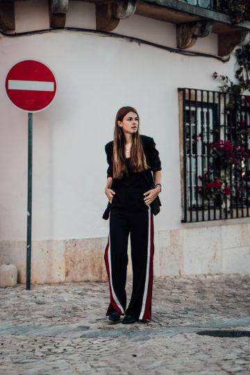 Zara Hose mit Kontraststreifen