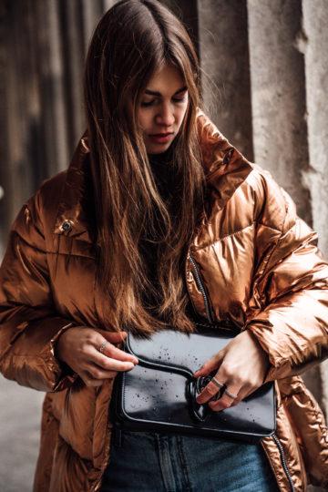 Metallic_Puffer_Jacket_Baggy_Jeans-18
