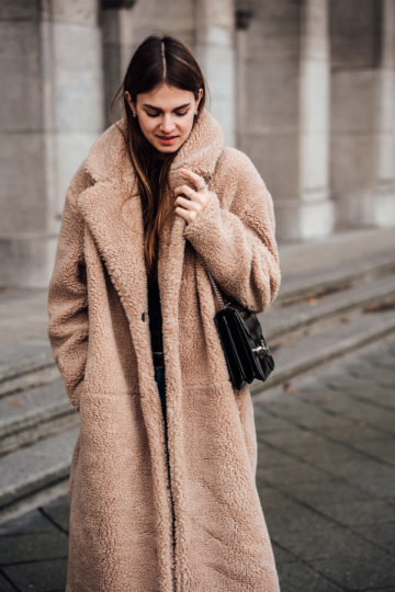 How to wear a teddy coat