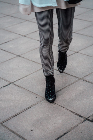black boots with star print