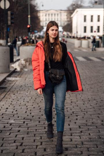 Red_Puffer_Jacket_Mom_Jeans_Turtleneck-17