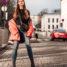 Oslo Runway Outfit: Rote Pufferjacke casual schick kombiniert