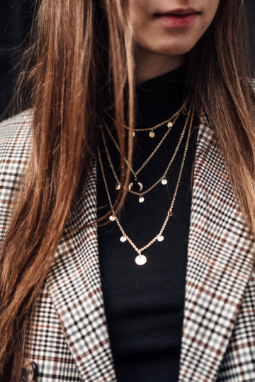 golden necklaces Layering