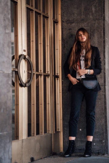 What to wear on cold spring days