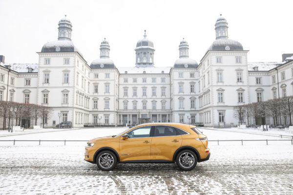 DS_Automobiles_Koeln_DS7_Crossback-3