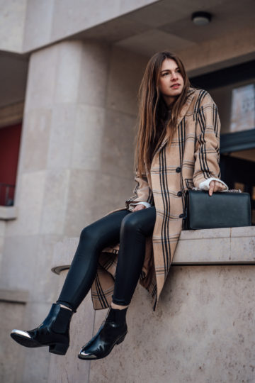 how to style black Boots
