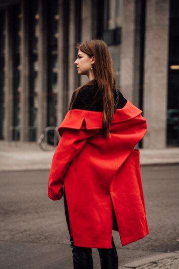red Na-kd coat