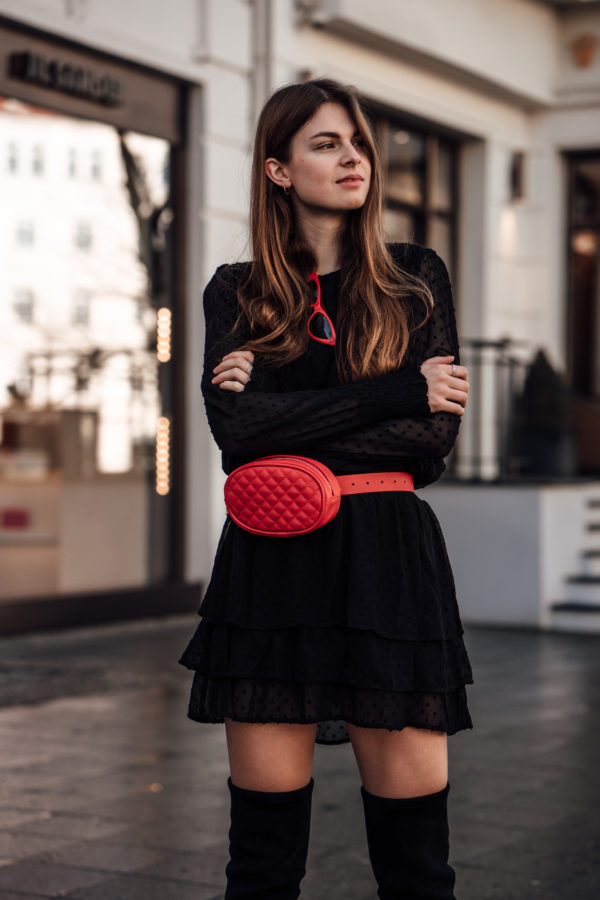 Black-Dress-Red-Beltbag-1