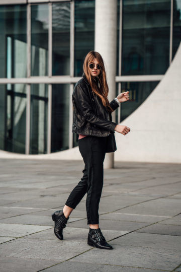 how to wear black boots with studs