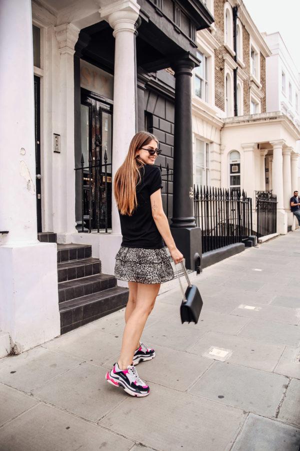 Wie trägt man Balenciaga Sneakers