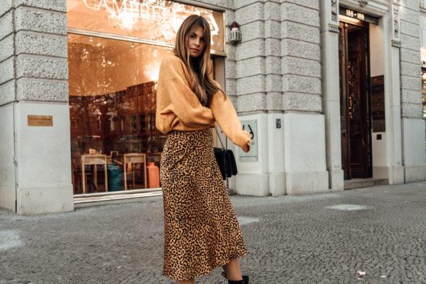How to wear Leopard Print in Winter  f53e23b83