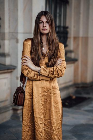 how to wear a mustard dress