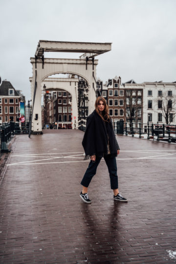 Amsterdam Travel Outfit: outfit for rainy days