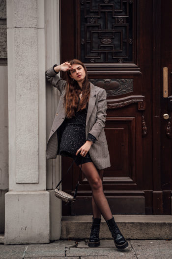 Preview : How to wear a dress in winter