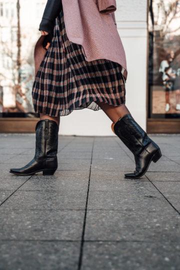 schwarze Cowboy Boots Trend