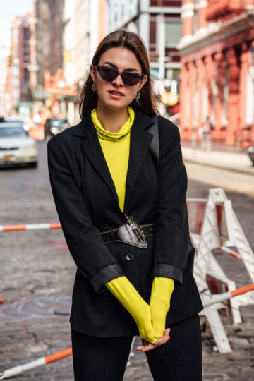how to wear neon green