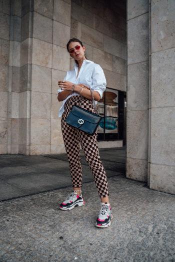 WIe trägt man Balenciaga Triple S
